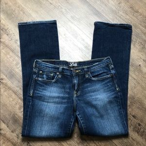 Lucky brand denim ashford Classic jeans size 6/28
